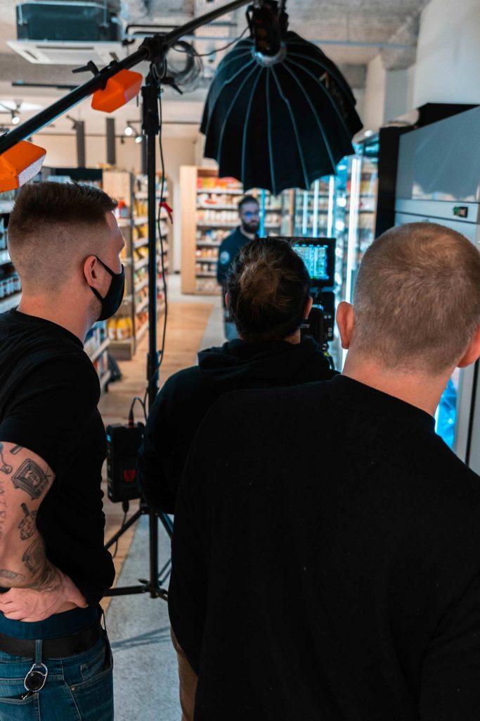 Production publicitaire vidéo - Agence Audiovisuelle Quatre Deux Deux